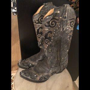 Women's corral cowboy boots